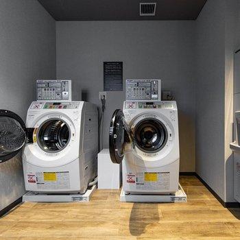 【共用部】こちらで衣類などの洗濯ができます。