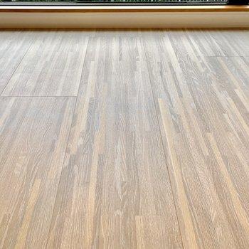 【LDK・ディティール】フローリングは、寄木細工のような模様。
