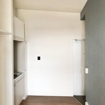 続いて玄関側のキッチンを見ていきましょう。※写真は3階の同間取り別部屋のものです