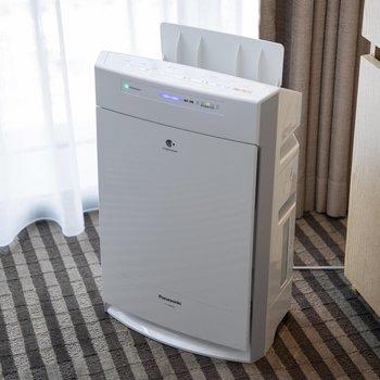 室内には空気清浄機も。