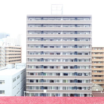 前はマンションですが、ぐるっと見渡せるくらい眺望は抜けていましたよ〜。