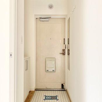 ゆったりとした玄関ですよ。