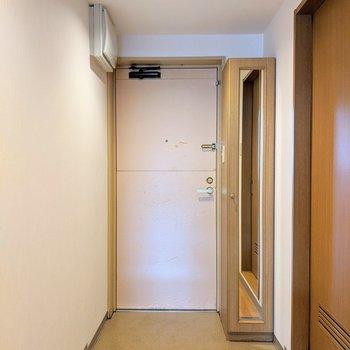 広々とした玄関スペースです。