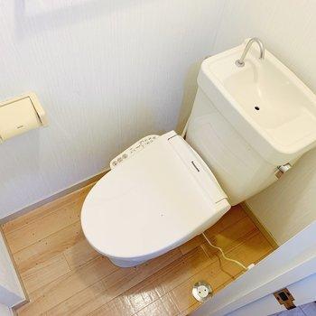 トイレはウォッシュレットつき◎