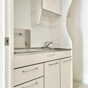 奥に冷蔵庫スペースが確保されていますよ◎