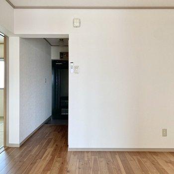 【DK】個室間のHUBの様な位置取り。