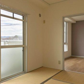 【和室】畳でゴロゴロしたい〜※写真は3階の反転間取り別部屋のものです