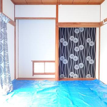 和室は床の間が残されていました!※ブルーシートの下はきれいな畳でした。