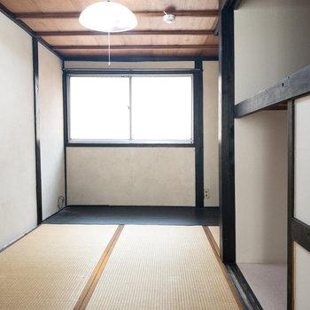 和室2】こっちの和室の奥に行くと、