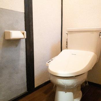 トイレは和の雰囲気になっています。