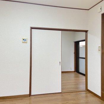 【DK】全てのお部屋は扉で仕切る事ができますよ。