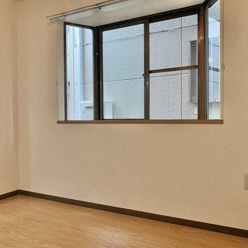 【DK】壁につけてダイニングテーブルを置きたい!