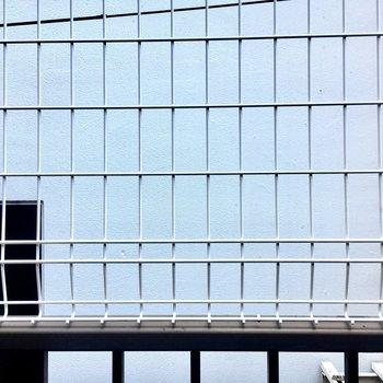 周りの建物で覆われているので景観は楽しめません。