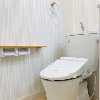 1番奥にはお手洗いです。ですが、脱衣スペースは十分にありました!