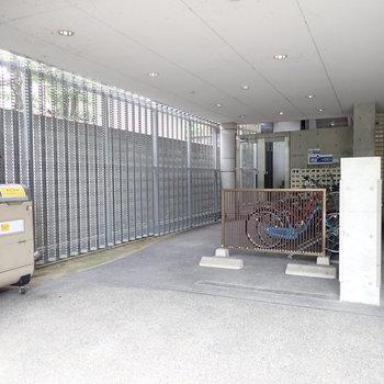 共用部】駐輪場、ゴミ置き場あります!