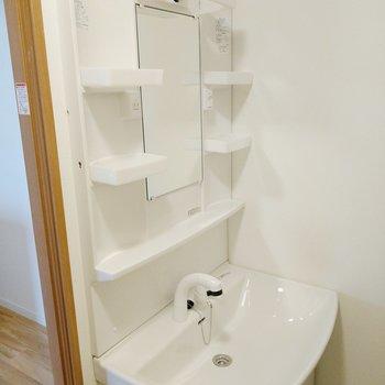洗面台も綺麗!使いやすそうです。