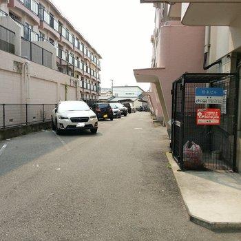 駐車場もありますよ~!