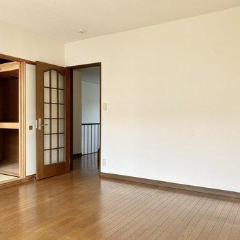 【2階洋室・和室】ゆったりとした空間なので第2のリビングにも。