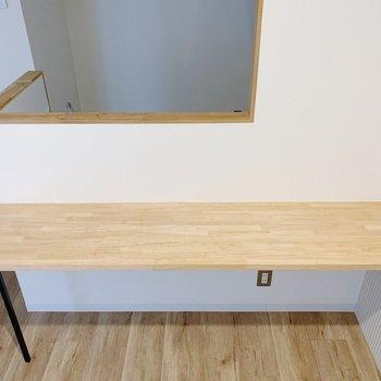 ここに椅子を置いて、食卓にしましょう!(※写真は2階の同間取り別部屋のものです)