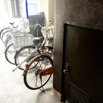 【共有部】自転車置き場もありましたよ。