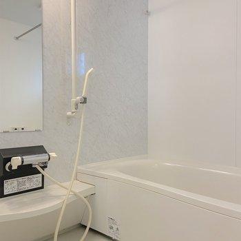 浴室乾燥や追い焚きなど設備も充実。