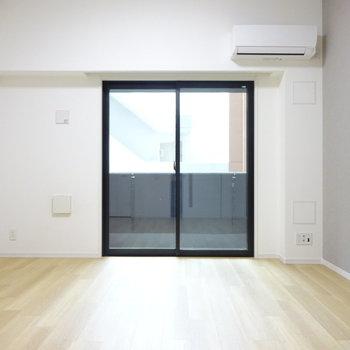 一人暮らしにはちょうどいい広さ(※写真は7階同間取り別部屋のものです)