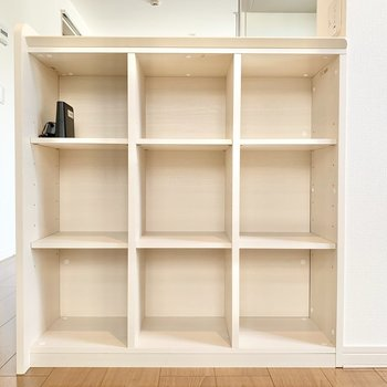 【LDK】小物置きに良し、本棚にしても良し。