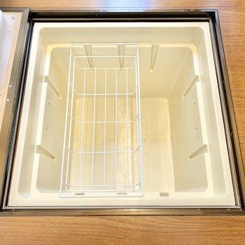 【LDK】床下収納付き。保存食を備蓄できます。
