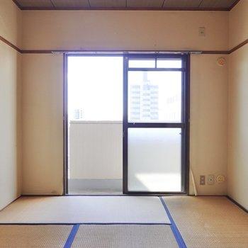 こちらは約6帖の和室。和室は全て洋室に変更できます。(※写真は似た間取りの別部屋のもの)