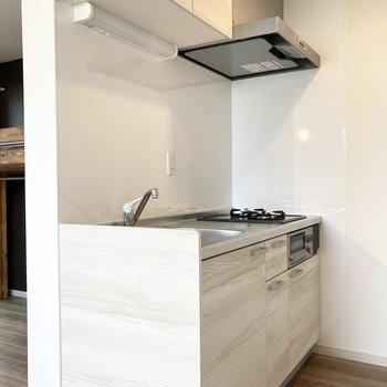 キッチンはゆったりとした造り。