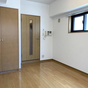 【工事前】生まれ変わる前のお部屋です。ドキドキですね。