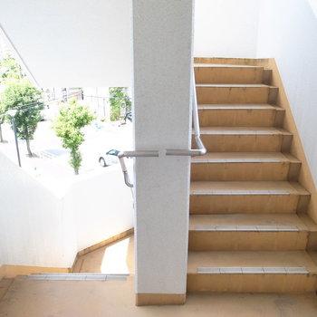 【共用部】なので、階段を使うのもありです。