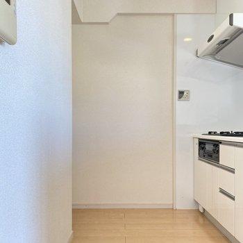 キッチンスペースも広々ですよ!