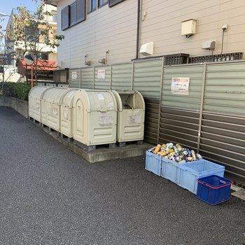 敷地内にゴミ置き場が設置されています。
