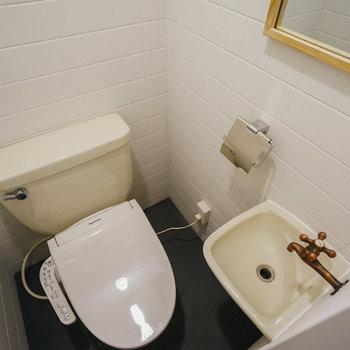 女子トイレ。