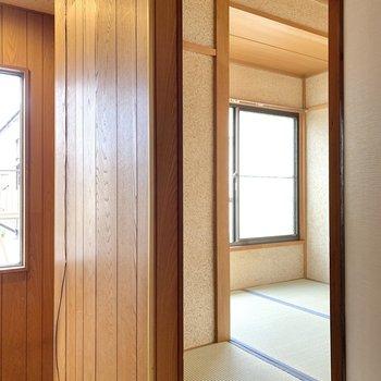 階段の隣にあるお部屋は、納戸です。