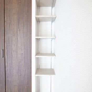 個人的には本棚によさそうだな〜と思いました。小物置きにもいいし、インテリアも楽しめます。