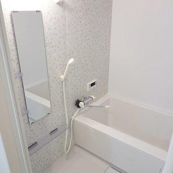 さらにお風呂まで新品……!追い焚き付きなのもとっても嬉しい。
