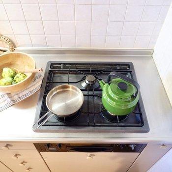 3口コンロで調理がスムーズに。