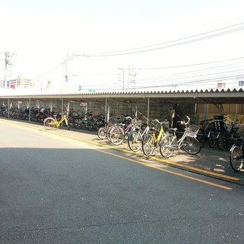 駐輪場も広~い!自転車を停めるのに困ることはありません。