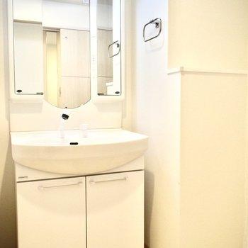 洗面器も大きめで使いやすそう。