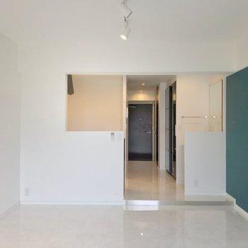 廊下とは段差で仕切られていて、メリハリが付けやすいです。