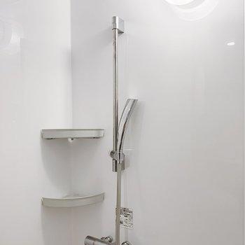 シャワーの形に、うっとり。