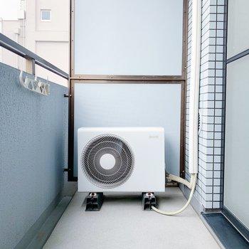 ベランダも十分な広さ。お洗濯も一気に片付きそう!(※写真は6階の同間取り別部屋のものです)