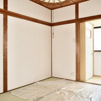 和室】壁も綺麗です。