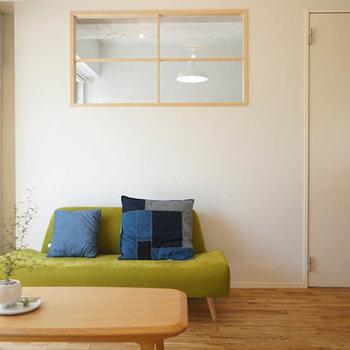 【完成イメージ】リビングにかわいい室内窓はっけん!