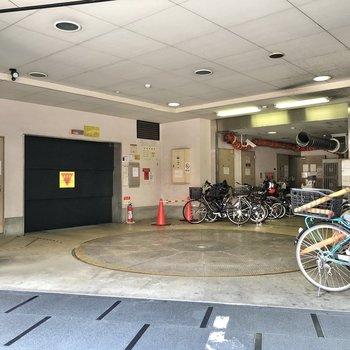 駐車場も用意されています。