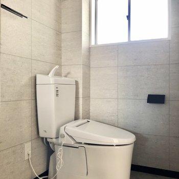 オープントイレ。綺麗に保ちたいですね!
