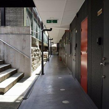 開放感のある廊下。