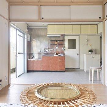 ダイニングキッチンと繋げて、広々リビングの誕生です。※写真はDIYモデルルームのものです